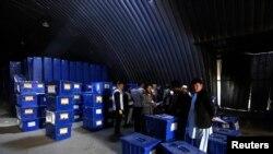 صندو ق های رای در افغانستان