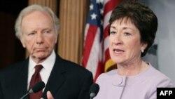 سناتور جوزف لیبرمن (چپ) و سناتور سوزان کالینرز در یک کنفرانس خبری