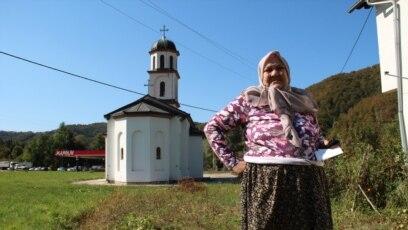 Fata Orlović se od 2000. godine bori da se crkva izmjesti iz njenog dvorišta
