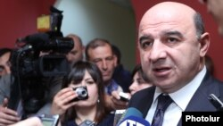 Armenia -- Energy Minister Armen Movsisian speaks to journalists.
