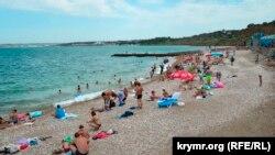 Пляж «Толстяк» на Северной стороне Севастополя