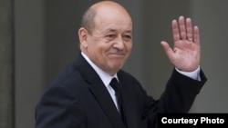 Франция Мудофаа вазири Жан-Ив Ле Дриан.