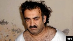 Self-declared 9/11 mastermind Khalid Sheikh Muhammad (seen shortly after his capture in Rawalpindi in 2003) has said he wants to be put to death.