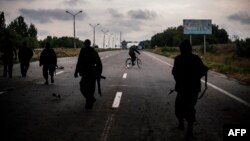 Бойовики угруповання «ДНР» недалеко від Донецька, 18 серпня 2014 року