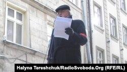 Юрій Винничук читає вірші у Львові, 27 січня 2012 року