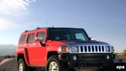 Одно из детищ General Motors, его и погубившее: Hummer, «самая уродливая машина по эту сторону от танка»
