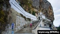 Пещерный храм Успения Свято-Успенского мужского монастыря