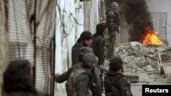 Илустрација: Сиријски бунтовници во близина на Дамаск.