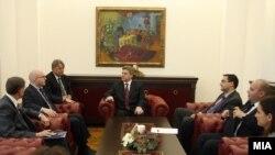 Средба на претседателот Ѓорге Иванов со заменик-помошникот државен секретар на САД Филип Рикер
