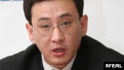 ҰҚК-нің аса маңызды істер бойынша тергеушісі Қайыржан Қамзаев. Алматы, 2 желтоқсан, 2008 жыл