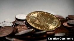 Майнинг будущего: заменит ли блокчейн государство?