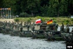 Військові навчання НАТО «Анаконда-2016» у Польщі. 13 червня 2016 року