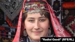 Узбечка из Хатлонской области Таджикистана.