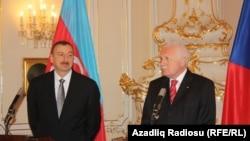 Իլհամ Ալիեւը եւ Վացլավ Կլաուսը, 5 ապրիլի, 2012 թվական