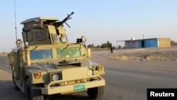 نيروهای دولتی و شبه نظامیان شيعه، استحکامات دفاعی سامرا در ۱۱۰ کیلومتری بغداد را تقویت کردهاند