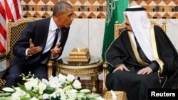 أوباما والملك سلمان خلال اجتماعهما في الرياض - 27 كانون الثاني 2015
