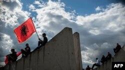Погреб на Албанците убиени во Куманово.