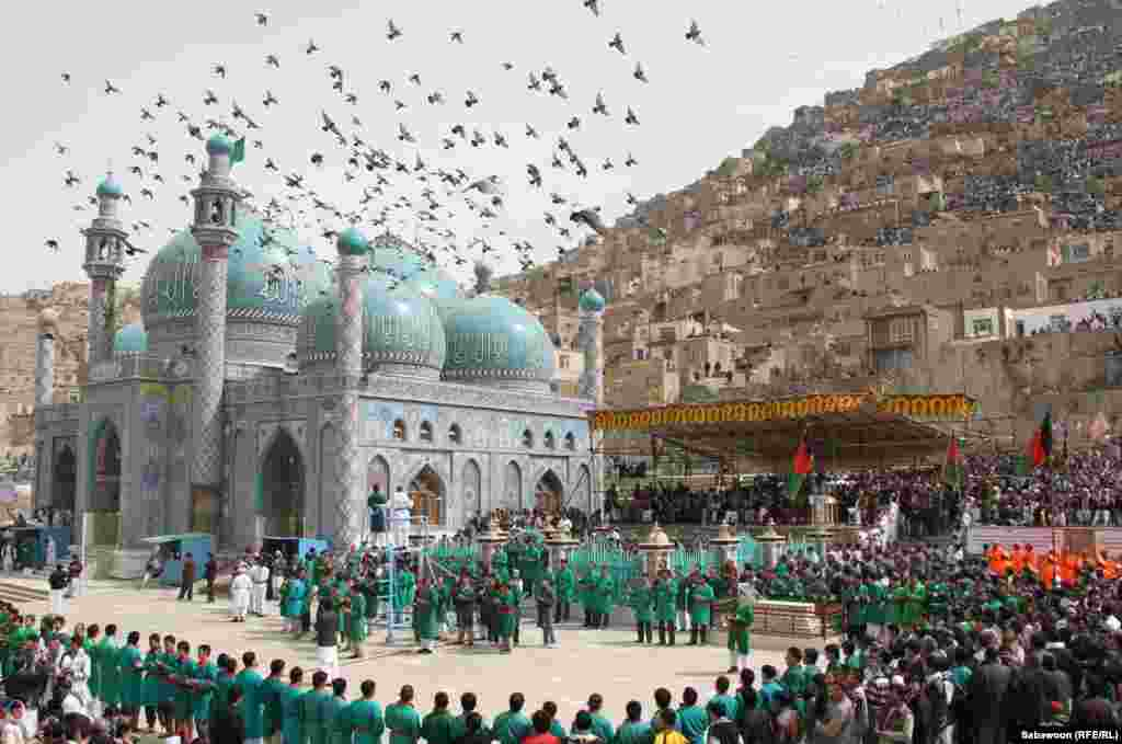 Formal celebrations get underway at the Sakhi Shrine