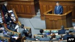 Партія регіонів шукає формальні приводи, щоб не проводити вибори там, де для влади це невигідно – опозиціонери
