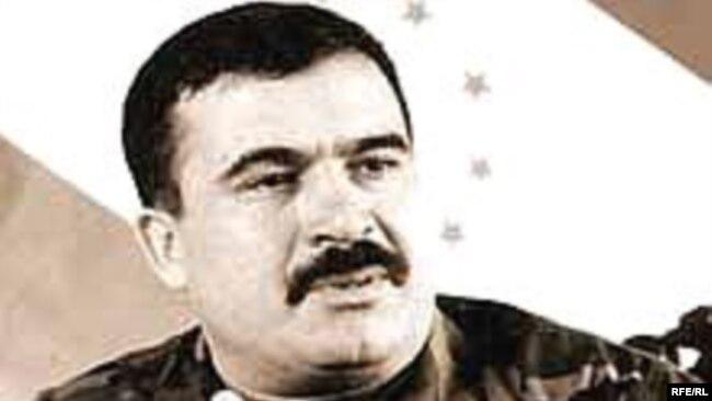 Махмуд Худойбердиев.