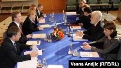 Сербські та європейські урядовці обговорюють наближення Сербіїї до ЄС