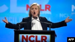 Претендент в кандидаты на пост президента США от Демократической партии Хиллари Клинтон .