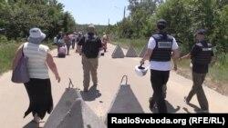 За повідомленням, представники СММ ОБСЄ зафіксували зрив робіт бойовиками