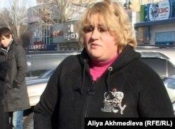 Ольга Заиула, уличный продавец. Талдыкорган, 25 января 2013 года.
