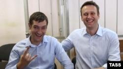 Брати Навальні у Замоскворецькому суді Москви