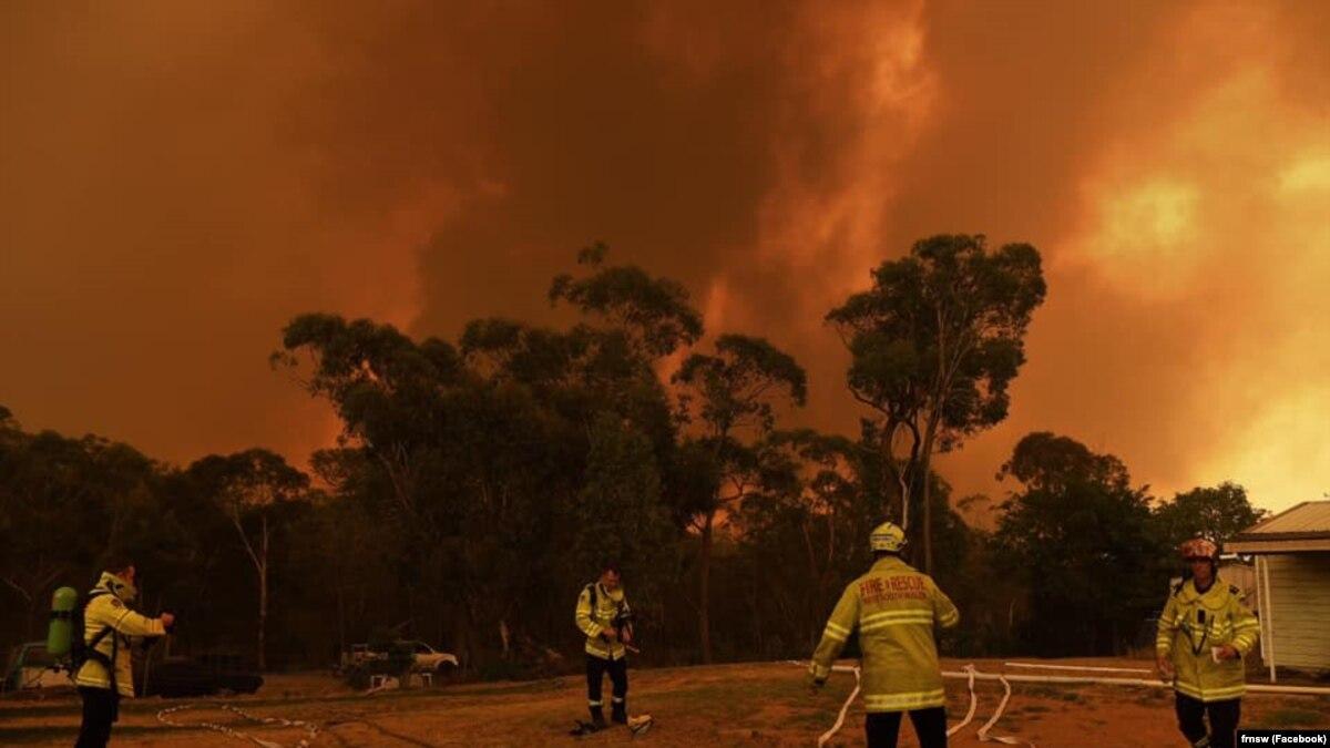 В столице Австралии объявили чрезвычайную ситуацию