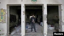 Pamje pas sulmit në shkollën ushtarake në Peshavar të Pakistanit në dhjetor të vitit të kaluar