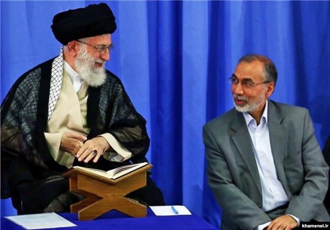علی مقدم در کنار آیتالله خامنهای