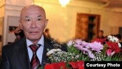 Ҳукумат унутган Абдулла Орипов