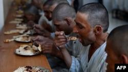 تنها ۲۰ درصد افراد مصاب به HIV در افغانستان تحت تداوی قرار دارند