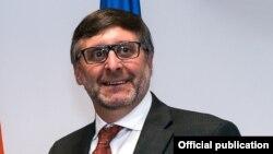 Спрецијалниот пратеник на државниот секретар на Соединетите Држави за Западен Балкан, Метју Палмер.