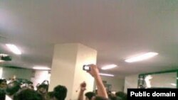 گوشهای از اعتراضهای دانشجویی در دانشگاه آزاد تهران