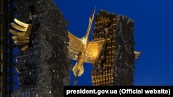 Пам'ятник жертвам Голодомору-геноциду в Україні 1932–1933 років. Київ, 25 листопада 2017 року