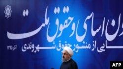 روحانی:برخی افراد حتی تحمل شنیدن برخی اصول قانون اساسی را ندارند