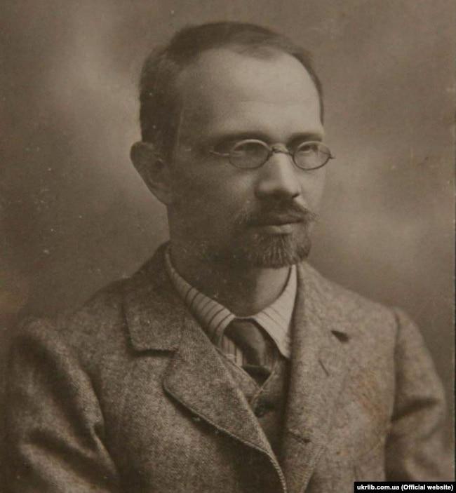 Агатангел Кримський, поліглот, мовознавець, сходознавець, поет, письменник, історик, антрополог, вчений секретар Української академії наук (1918–1928)