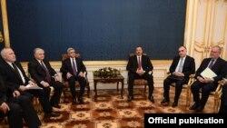 Austria - Meeting between the President of Armenia Serzh Sargsyan and President of Azerbaijan Ilham Aliev in Vienna, 19Nov2013