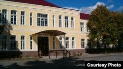 Работу над фундаментальным исследованием сотрудники кафедры английского языка Юго-Осетинского государственного университета начали еще в 2005 году