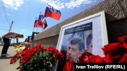 На місці вбивства Бориса Нємцова