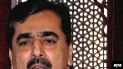 سوء قصد به نخست وزیر پاکستان تنها سه روز پیش از انتخابات ریاست جمهوری این کشور صورت گرفته است. (عکس: epa)