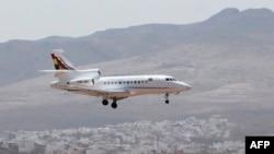 Авионот на Моралес