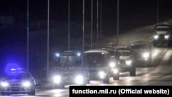 В составе мобильного госпиталя 100 военнослужащих и 25 единиц специальной военной техники