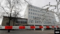 Pamje e ndërtesës së Bashkisë të qytetit gagenau në Gjermani, pas kërcënimit për sulm me bombë
