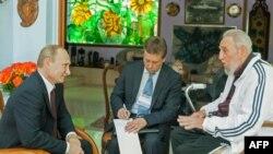 Президент России Владимир Путин на встерче с Фиделем Кастро.