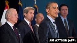 باراک اوباما همراه جان کری و جو بایدن