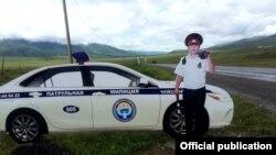 Макет патрульного милиционера на трассе Бишкек-Ош. Фото ГУПМ МВД.