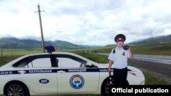 Жай айларында жол кырсыгын азайтуу максатында Ош-Бишкек жолуна патрулдук милициянын макети орнотулган. 2017-жыл